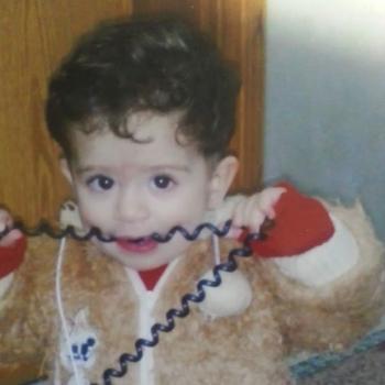 احمد الشريف طفل الخطئية